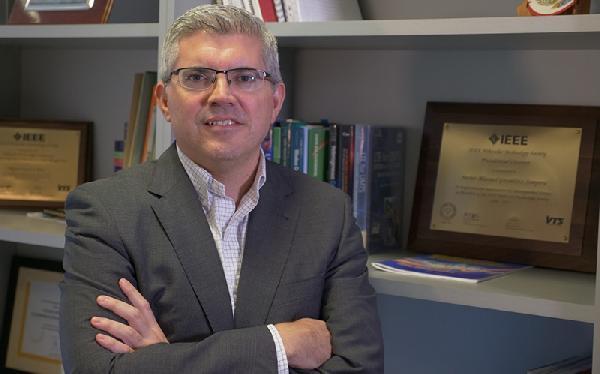javier-gozalvez-editor-jefe-revista-IEEE